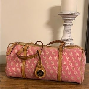 Dooney & bourke signature pink brown leather hobo